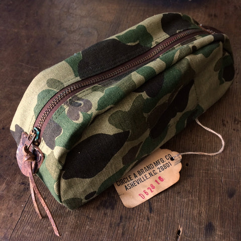 Travel Kit in Frogskin Camo