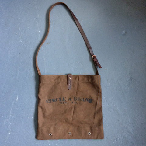 Game Bag in Peat Brown