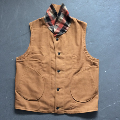 Colleton Vest in Tan Duck