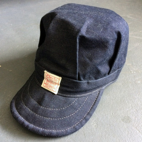 Engineer Cap in Gray Weft