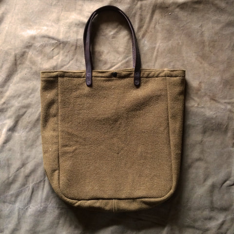 New Market Tote in Olive Wool