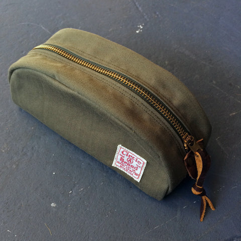 Travel Kit in Deadstock Olive Drab