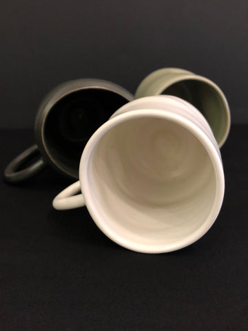 Bump Mug (L) Black by Lemons