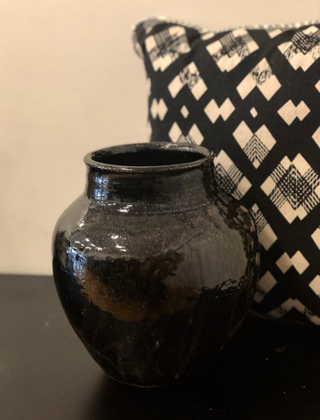 Black Vase by Gordon Hickmott (Brixton St Pottery)