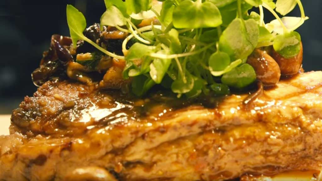 Video Recipe: Mushroom Sauce with Veal Jus