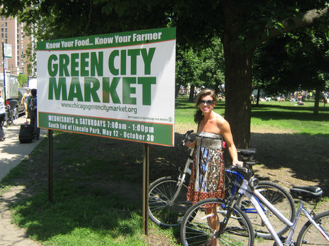 The Green City Market in Chicago is one of the best in the country, with regular demonstrations by renowned chefs. www.explorelocaluniverse.com