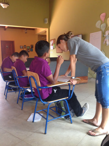 English class at the Micah House in Honduras. ExploreLocalUniverse.com