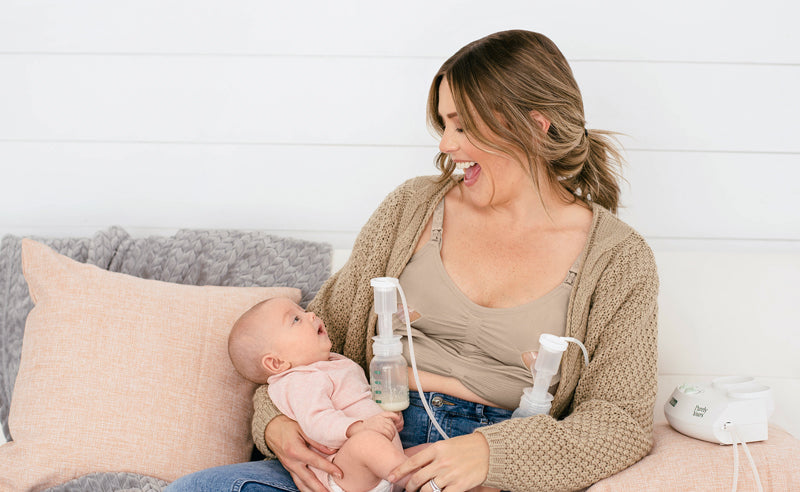 tips for weaning, pumping and nursing at same time, pumping bra