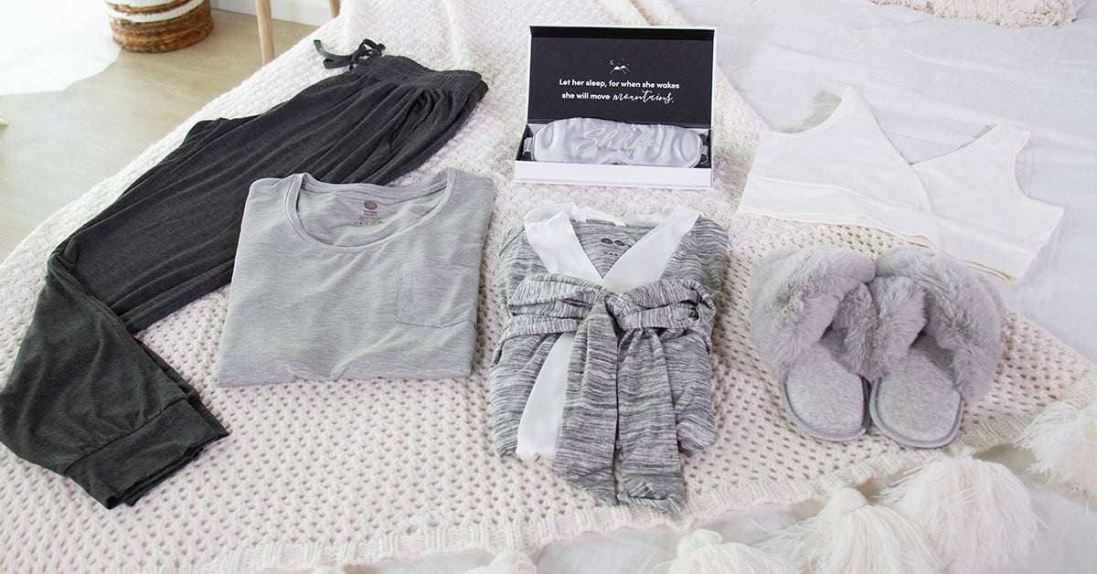 Perfect present for new mom, maternity clothing bundle deals
