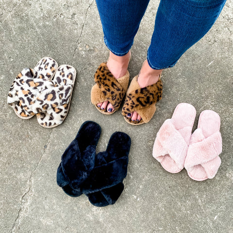 *BF DEAL* Fuzzy Slippers