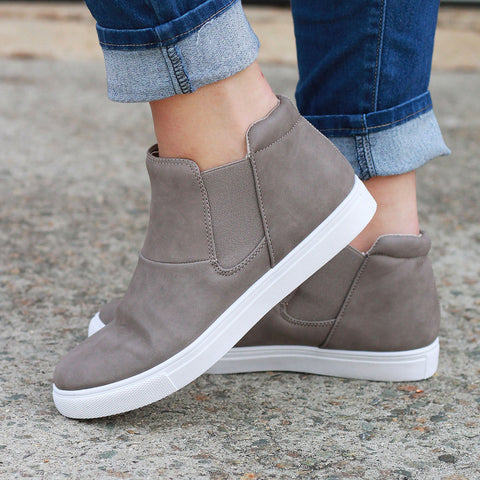 The Callie Slip On - Sneakers