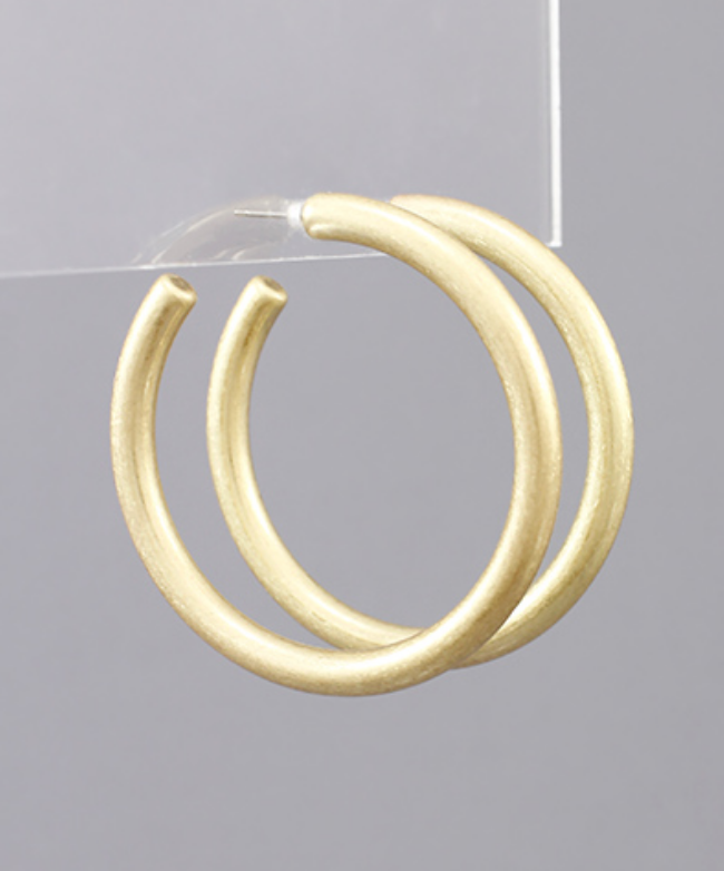 Simple Beauty Hoop Earrings - Gold