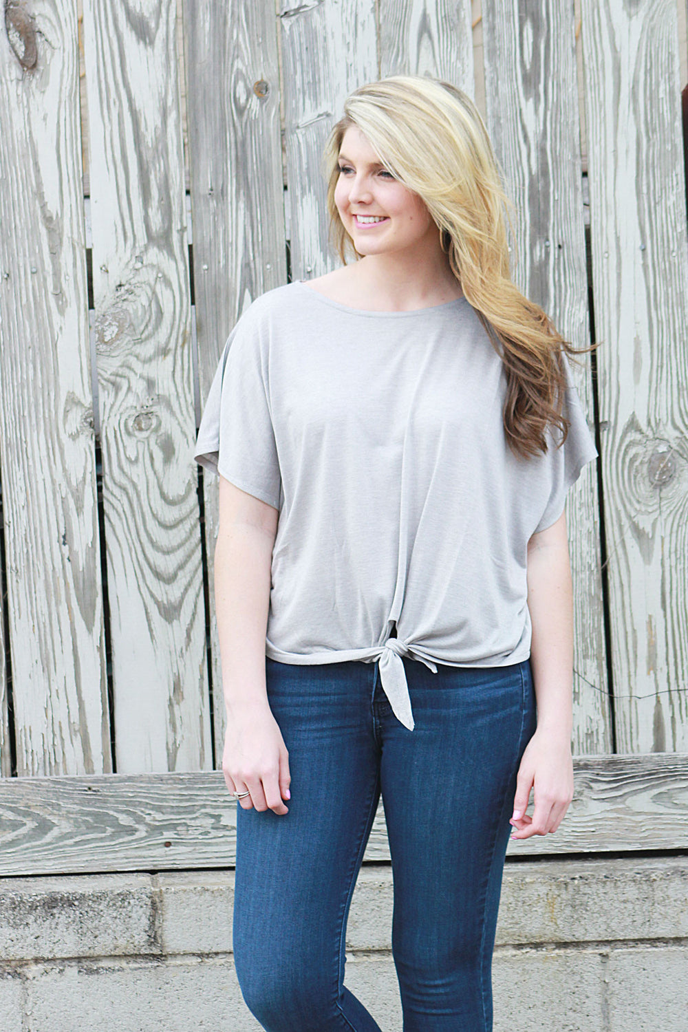 Simple Knot Top - Grey