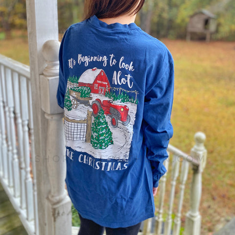 It's Beginning to Look a lot Like Christmas - Navy - Long Sleeve T-Shirt