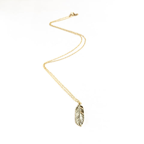 KGW Private Label | 14k gold plated silver necklace Feather - Kristina Goes West  - 1