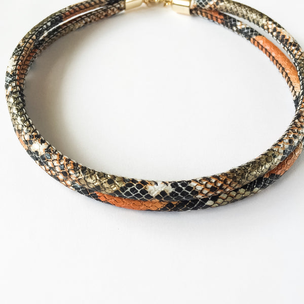 Two-in-one burnt orange snake effect leather choker and double bracelet | KRISTINAGOESWEST.COM  - 4
