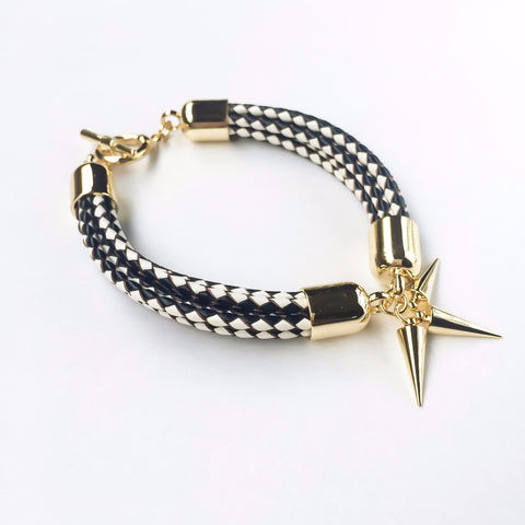 KGW Private Label | Monochrome leather bracelet - Kristina Goes West  - 1