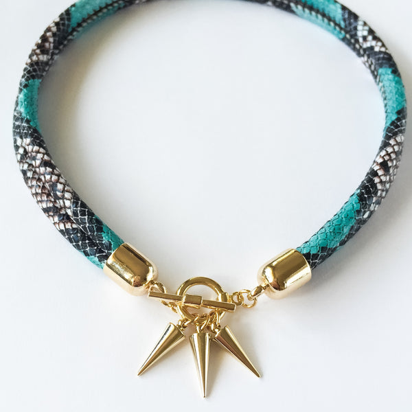 Two-in-one turquoise snake effect leather choker and double bracelet | KRISTINAGOESWEST.COM  - 2