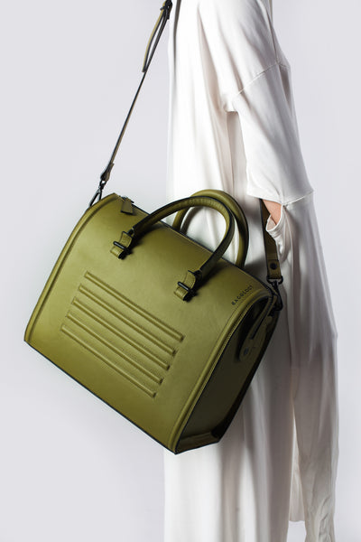 Olive textured natural leather satchel | Bagology London - Kristina Goes West  - 4