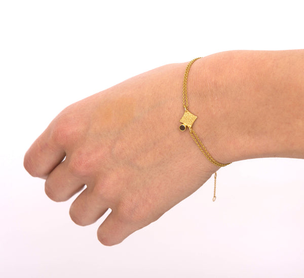 KGW by S.B. | Double chain 24k gold plated silver bracelet with Citrine - Kristina Goes West  - 5