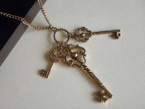 gold tone 3 love keys necklace jewelry