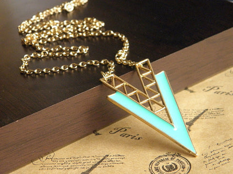 gold tone green triangle arrow necklace jewelry with a chain