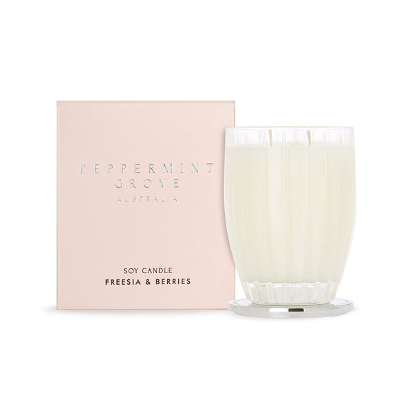 Peppermint Grove - Extra Large Candle 700g - Freesia & Berries