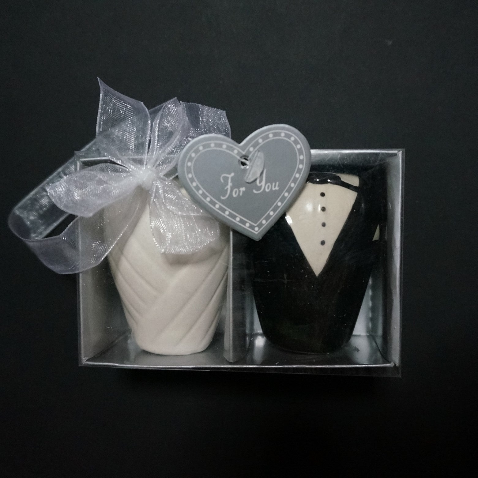 Bride Groom Salt Pepper Shaker Favours Wedding En Vogue