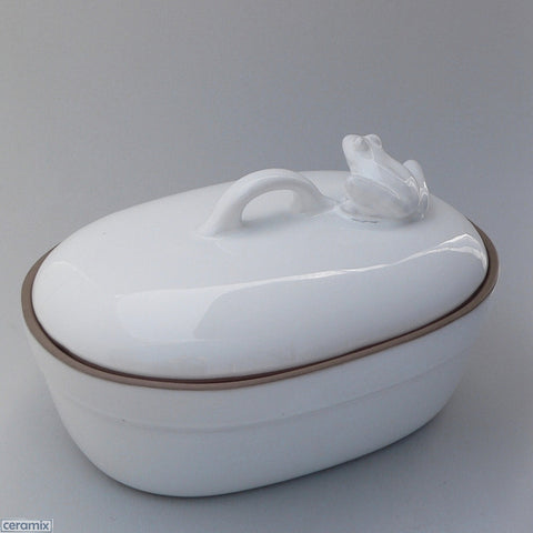 Large Oval Frog Casserole Dish in Terracotta Clay Glazed White by Ceramix