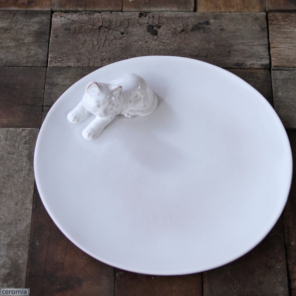 Kitten Round White Plate. Handmade by Ceramix in South Africa from African Terracotta Clay & White Glaze.