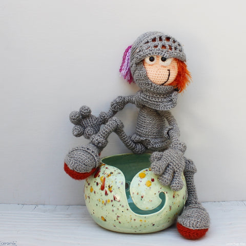 Ceramic Angus the Scottish Knight Green Large Round Yarn Bowl