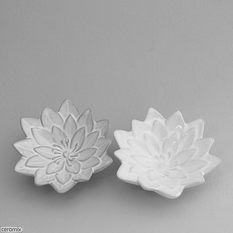 Water Lily Bowls in Terracotta Clay glazed White by Ceramix