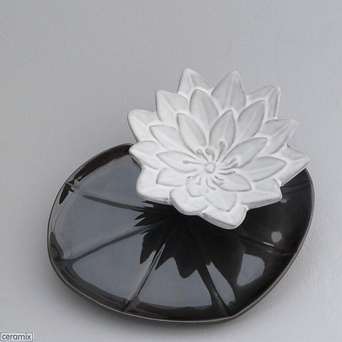 Dark Green Lily Pad Plate with White Water Lily Bowl by Ceramix