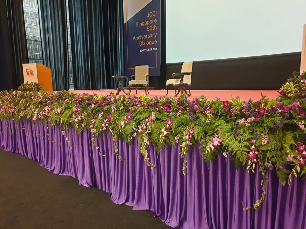 stage decoration by Flowers In Mind
