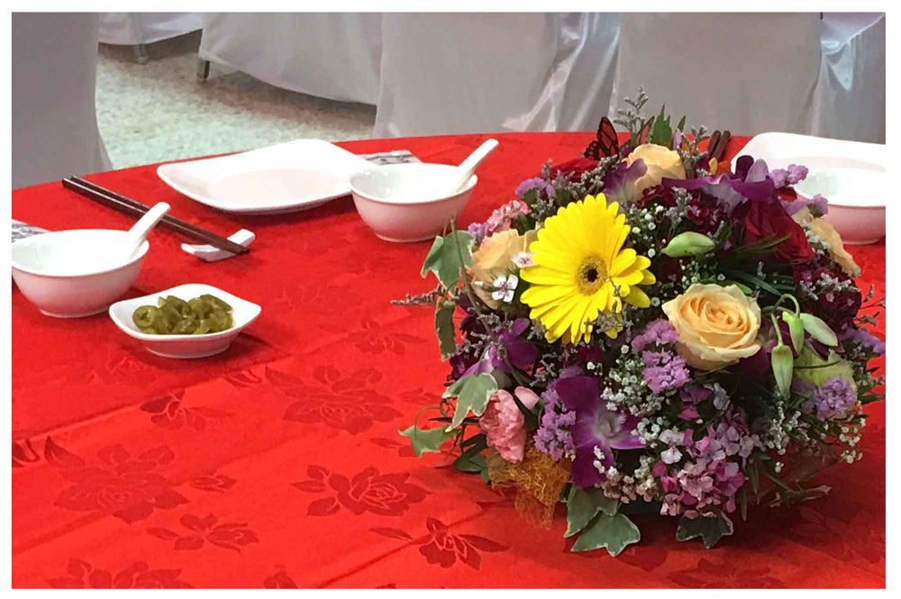table arrangements for events
