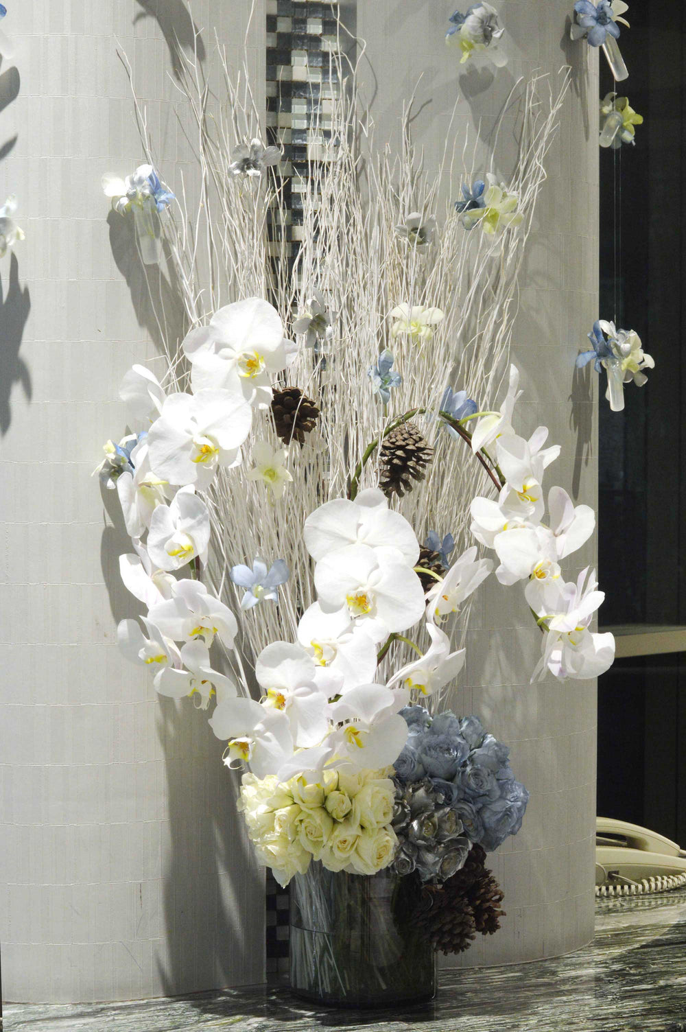 Hotel H2O flowers decoration