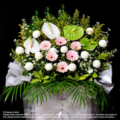 Wreath Box Design (STANDARD) (FW33) - Flowers-In-Mind