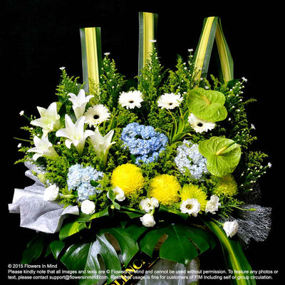 Wreath Box Design (PREMIUM) (FW34) - Flowers-In-Mind