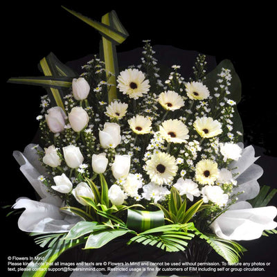 Wreath Box Design (STANDARD) (FW57) - Flowers-In-Mind