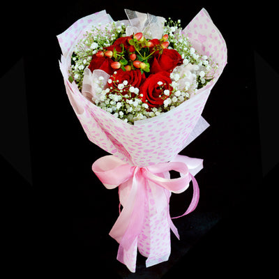 Bouquet of Roses (HB25) - FLOWERS IN MIND