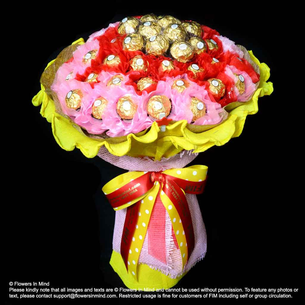 Ferrero rocher hand bouquet hb289 flowers in mind izmirmasajfo