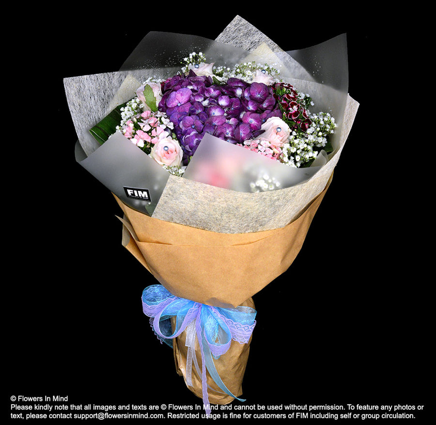 Bouquet of Hydrangea & Roses (HB427) - Flowers-In-Mind