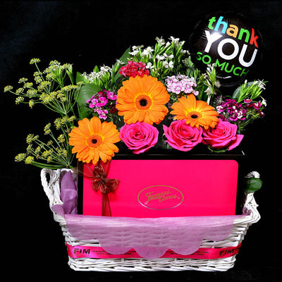 FAMOUS AMOS Hamper (HP33) - Flowers In Mind