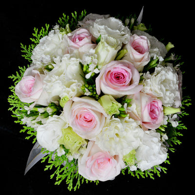 Bridal bouquet in bridal holder (WD39) - Flowers-In-Mind