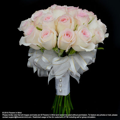 Bridal bouquet in natural stem (WD60) - FLOWERS IN MIND