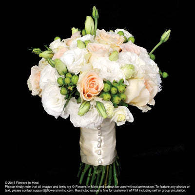 Bridal bouquet in natural stem (WD86) - Flowers-In-Mind