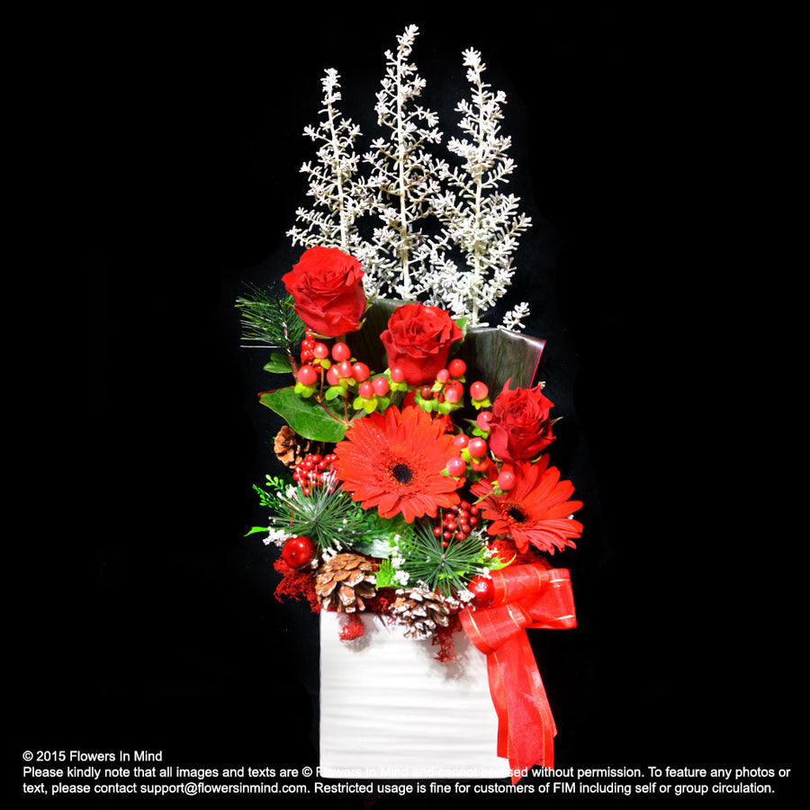 Red Fashion Christmas Table Arrangement (XMAS26)