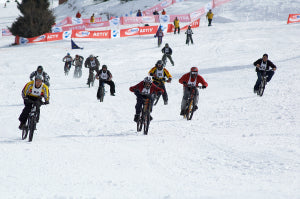 Snow Bikers Race