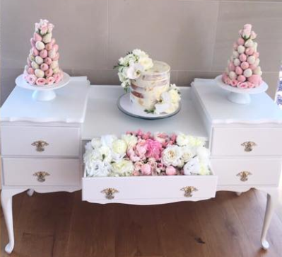 Kitchen Tea Package! Flower Wall & Desert Table of your choice & 3 x Gold Cake Stands