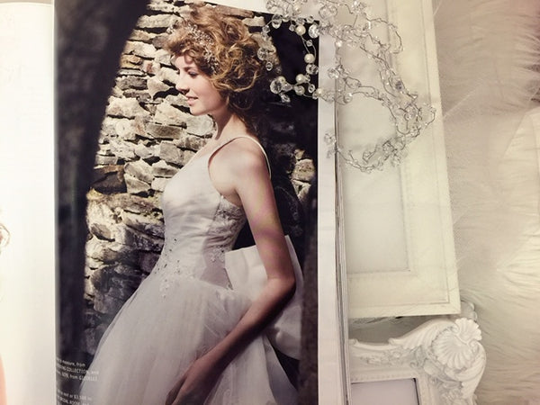 Herworld Brides (Issue: Aug09) : Featuring Gioielli's Bridal Hair Accessory